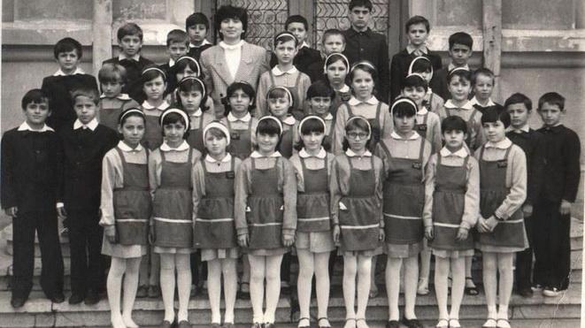 Școala în comunism: Reguli de purtare pentru elevi